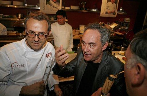 Adrià con Massimo Bottura a Identità New York 2010