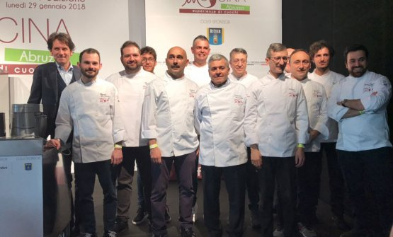 Meet in Cucina Abruzzo 2018: foto di gruppo con i relatori (quasi tutti)