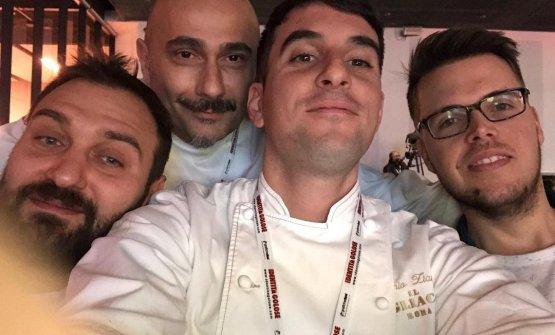 Ziantoni a Identità Golose 2018 con il suo metore Anthony Genovese, il suo (di Genovese) sous Francesco De Lorenzo, sulla sinistra,e Fabio Rinaldi di Aromicreativi, sulla destra
