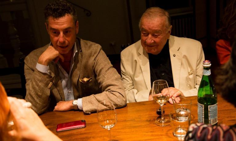 Tra gli ospiti di Villa Panna, anche il ristoratore Sirio Maccioni, che ha apena festeggiato 40 anni dall'apertura de Le Cirque a New York. Qui è con il figlio Mauro