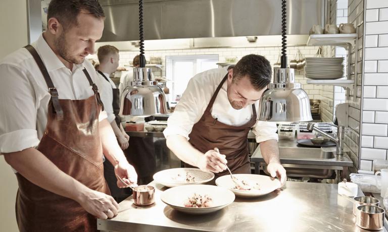 Søren JakobseneWilliam Jørgensen, i due chef-fondatori-patron delGastromé, ristorante difine diningin centro città