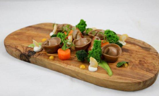 La cucina di Torrisi esprime la stessa disinvoltura tra pietanze di mare e piatti di terra