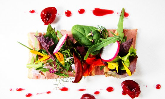 Insalata e anatra, uno dei piatti di Marco Rossi d