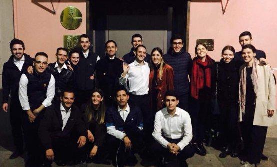 Il giorno dopo la lezione di Palmieri alla Iulm, gli studenti sono stati invitati a far servizio in sala all'Osteria Francescana. Per molti di loro, un'esperienza memorabile
