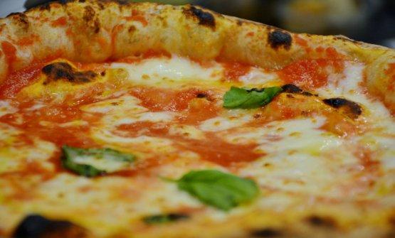 Un dettaglio di una Margherita della pizzeria cile