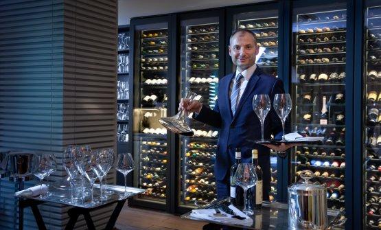 L'ottimo restaurant managerSokol Ndreko, cui affidarsi per un pairing creativo e puntuale
