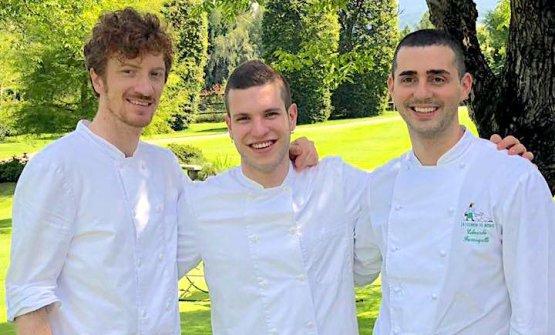 Il pastry chefDamiano Bonomi, il sous Federico Sarzi Amadè ed Edoardo Fumagalli, in una foto dei tempi della Locanda del Notaio