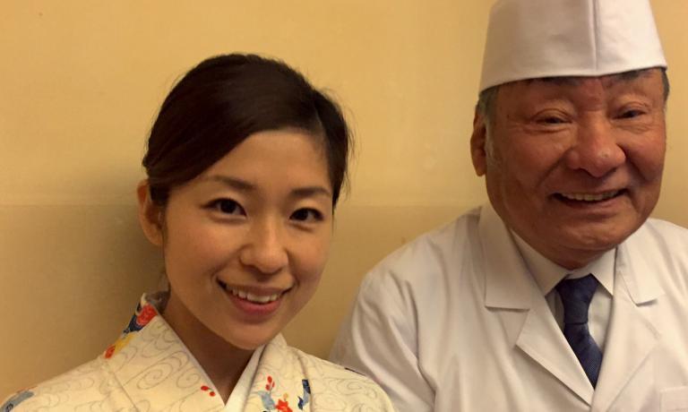 Marie e Seijiro Udono, quarta e terza generazione del ristoranteMatsunoya di Kobe, aperto 99 anni fa