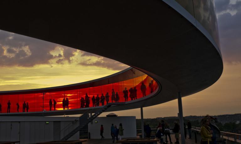 Passeggiata nella spettacolare struttura panoramica del Kunstmuseum di Aarhus