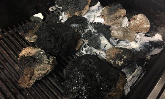 La pietra lavica del barbecue