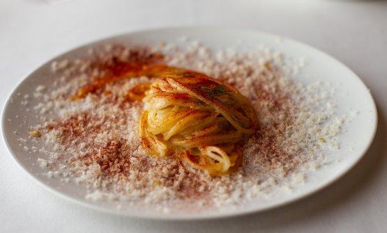 Spaghetti al burro d'alpeggio, paprika, parmigiano reggiano