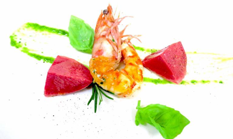 Lingua di vitello, mazzancolla e salsa verde è il piatto 2017 per Giuliano Pellegrini, chef del Lio Pellegrini di Bergamo