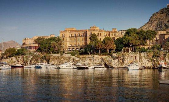Il Grand Hotel Villa Igieadi Palermo visto dal mare