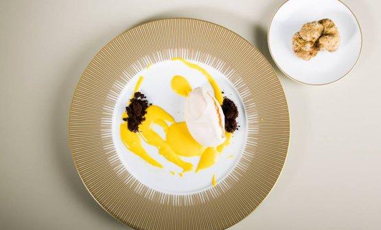 Meringa e castagne, il dessert di Ugo Alciati nel menu al tartufo in scena a Identità Golose Milano fino a sabato 10 novembre (foto Onstage Studio)