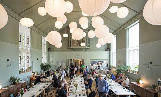 Il Refettorio di Londra.Food for Soul ha aperto Refettori anche aMilano, Parigi, Rio de Janeiro, Modena, Bologna, Napoli, Merida (foto Simon Owen)
