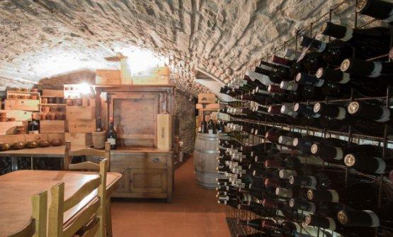 La carta dei vini è perlopiù italiana e predilige i piccoli produttori e la regione Emilia Romagna