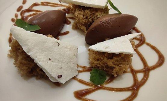 Cioccolato, meringa, nocciole e mou all'aceto balsamico