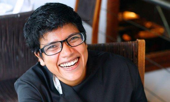 Ritu Dalmia, 44 anni, nata a Calcutta da una famiglia di originiMarwari. Già responsabile di 7 ristoranti nel suo paese, mercoledì 27 settembre aprirà l'ottavo in Italia, in piazza Carlo Mirabello1, negli stessi ambienti che ospitavano lo storico ristoranteVerdi. Si può già prenotare un tavolo al numero +39.02.38240935