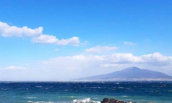 Vista sul Vesuvio dalla Torre del Saracino