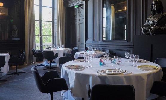 Uno scorcio di una delle sale del ristorante parigino di Savoy