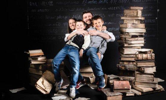Gipponi con la moglie Angela e i figli a Identità Milano 2019