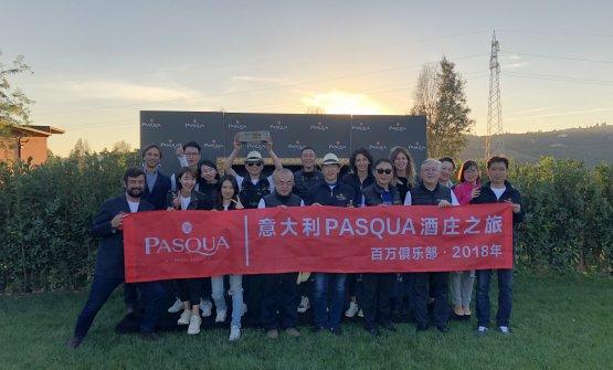 Riccardo Pasqua con il team cinese