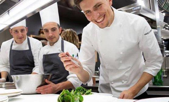 Paolo Griffa al lavoro. Classe 1991, è chef al Pe