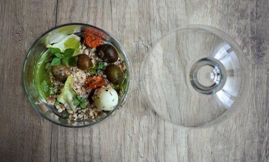 Ecosistema, ossia «l'idea di un piatto che cresce in cucina. Ricreare un terreno edibile sia per l'uomo che per le piante».Nella