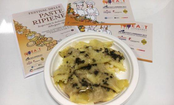 Leonardo SalvinieLeonardo Lazzaroni- pastificioTradizioni Padane, Gottolengo (Brescia): Torteli di zucca