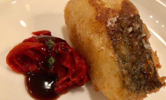 Nasello fritto con peperone txoricero