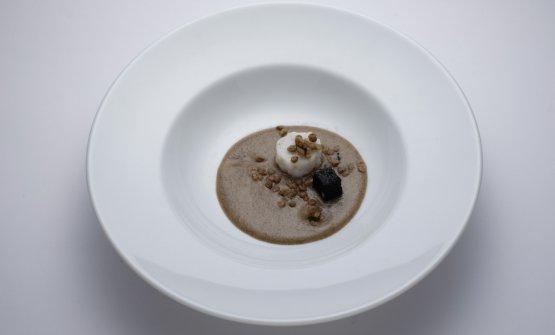 Cotechino di seppa con lenticchie e ceci neri di Omar Casali