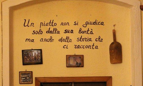 Basta paillettes, basta autocompiacersi. Per ripartire la cucina italiana ha bisogno di autenticità
