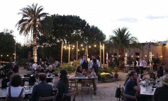 A cena nell'atmosfera settecentesca di Villa San Marco. L'ambiente ideale per l'antico rituale Averna abbinato al menu dello chef Peppe Giuffrè