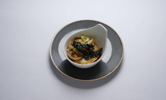 Lasagnetta con anguillla erbe spontanee e piccoli ortaggi di Massimo Spigaroli