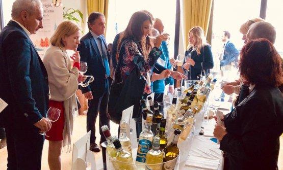 La degustazione dei vini a conclusione del convegno