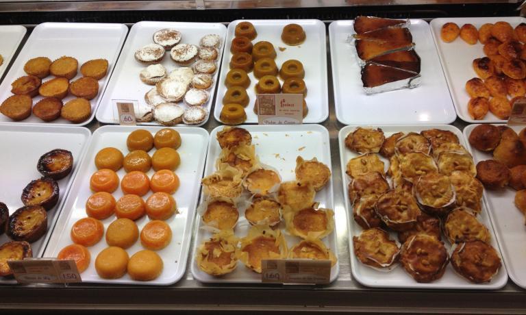Straordinari i dolci della Casa dos Doces Conventuais di Alcobaça: in questa città ogni anno si tiene anche la Mostra Internacional de Doces & Licores Conventuais(foto Passera)