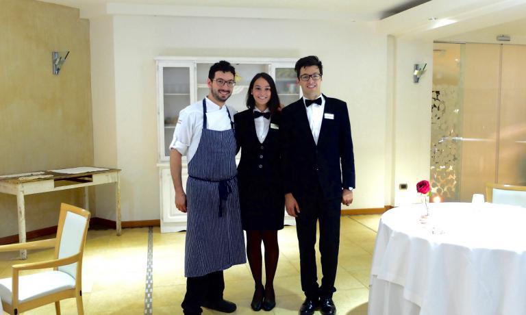 I fratelli Antonio e Luca Biafora con Vittoria Nanula, che ora lavora a Parigi