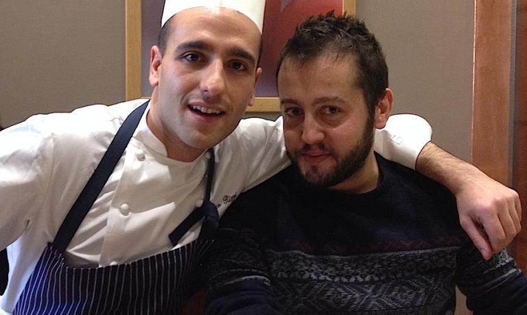 Nico Rizzi (a sinistra in divisa da lavoro con tanto di tocco in testa) e Alessandro Negrini. Con Fabio Pisani, sono il motore di Lady Bù a Milano