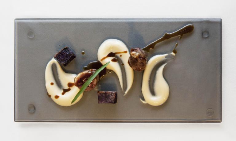 A Giovanni Sorrentino, chef del ristorante Vinile (Salerno) non � bastata la finale della 1^ edizione del Premio Birra Moretti Grand Cru. Infatti, il suo mini-menu gli � valsa la partecipazione anche all'edizione 2014 e oggi scopriamo la ricetta salata che ha presentato