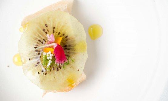 Focaccia con paté di interiora e kiwi