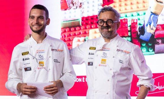 Mattia Casabianca e Mauro Uliassi sul palco di Dos
