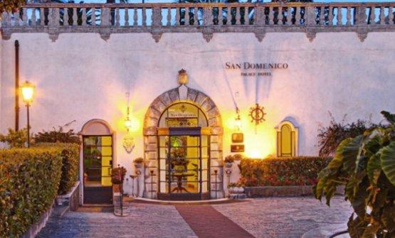 Il San Domenico Palace di Taormina: sarà a lungo chiuso per lavori