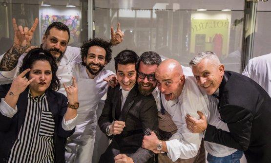Alcuni degli chef impegnati nella serata: Misha Sukyas, Franco Aliberti, Eugenio Boer, Matteo Monti. Tutte le foto sono diJulia Pedroni - Gipsy Jungle
