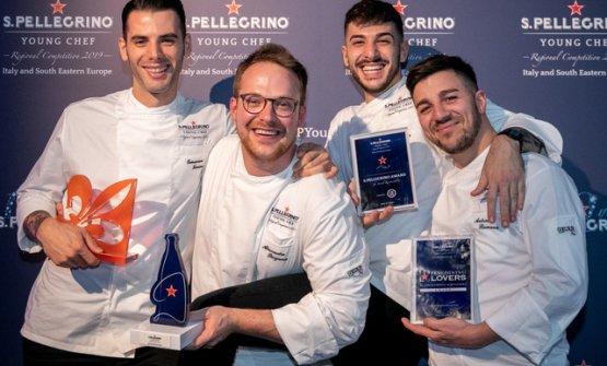 Alessandro Bergamo al centro con i tre premiati speciali nelle varie categorie
