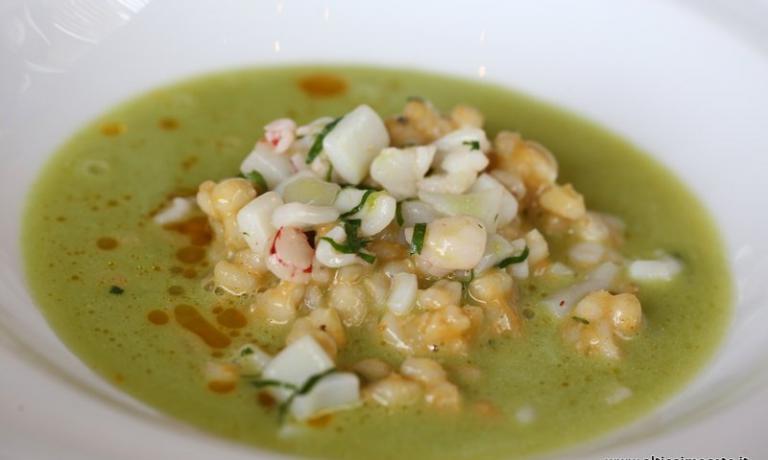 Odio la minestra: orzo perlato con vongole e moscioli selvatici di Portonovo, salsa cocco prezzemolo e lime (foto altissimoceto.it)