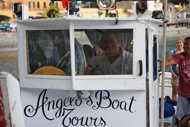 For those who are tired of walking, or prefer going via sea, Angelo's boat takes you from Monterosso to Vernazza, while admiring the beautiful Cinque Terre coast