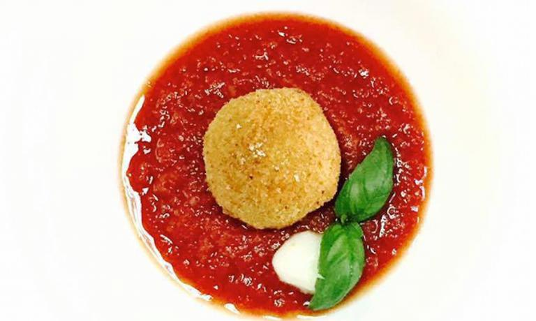 La parmigiana secondo Maria Rosaria Stellato, chef-partron di AnimaMia a Cecchina (Roma)