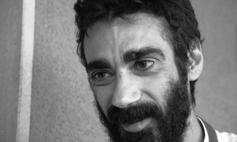 Antonio Bufi in un intenso primo piano di Danilo Giaffreda (Il Ventre dell'Architetto)