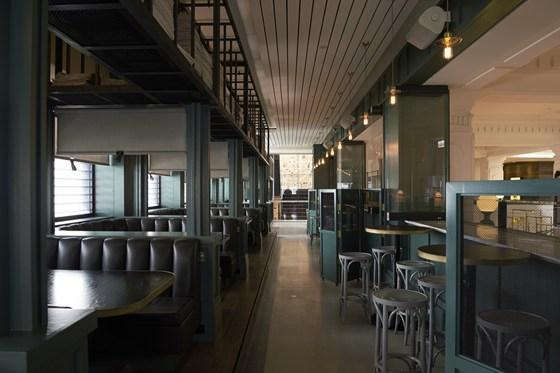 Four floors dedicated to wine and food: this is what The Apple Daily, one of the most interesting new spots in Perth, offers