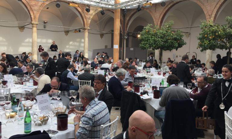 The tasting of the wines from the 134 participating wineries: the Rosso di Montalcino 2015, a vintage that will give satisfaction, were also excellent